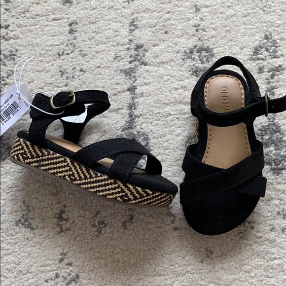 Old Navy Shoes | Black Platform Sandals